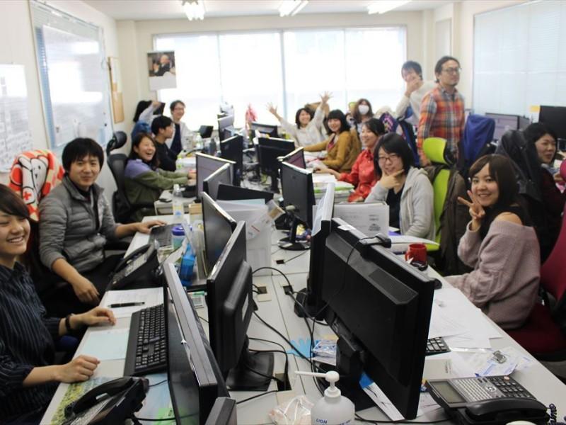 イベント21関東エリアは、たった2年10ヵ月で1名から28名の組織に進化。東京支店と神奈川支店の様子。