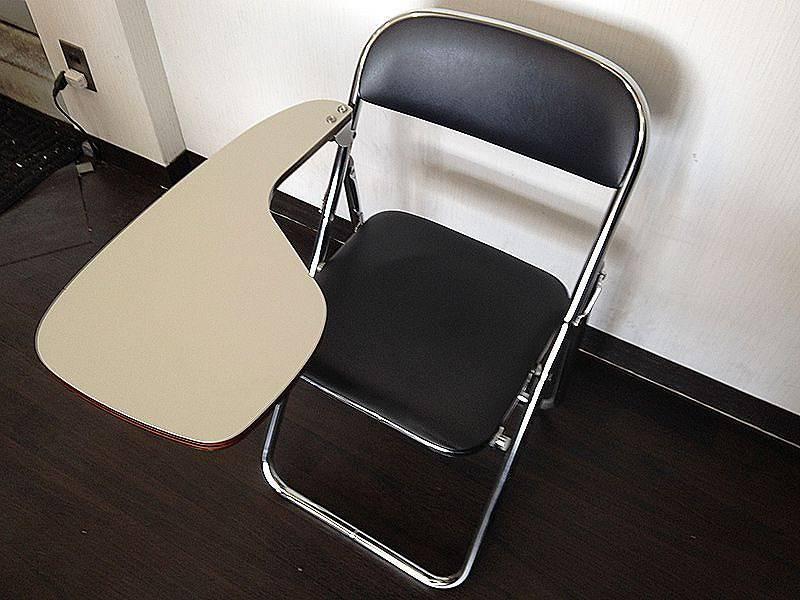 メモ台付パイプ椅子 レンタル