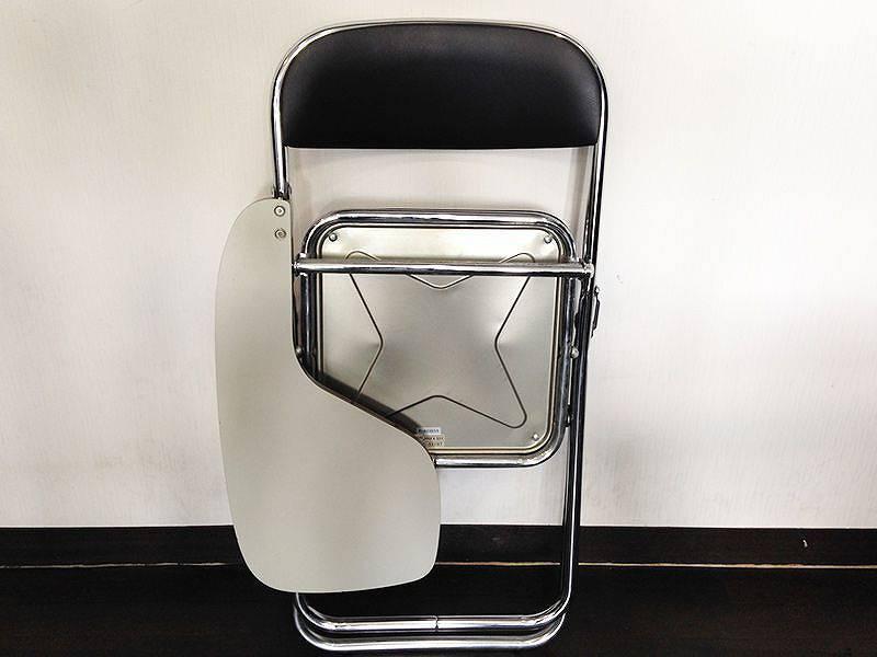 メモ台付パイプ椅子 折りたたみ時 前から
