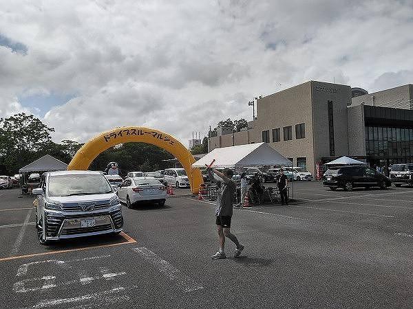 ドライブスルーマルシェ イベントの様子写真02