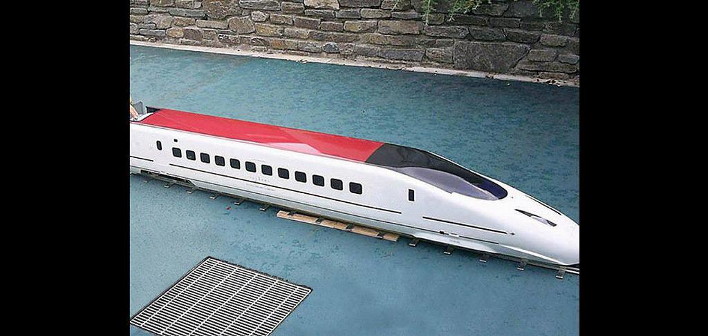ミニ新幹線のレンタル施工業者は東京や大阪まで全国対応のイベント21にお任せください。