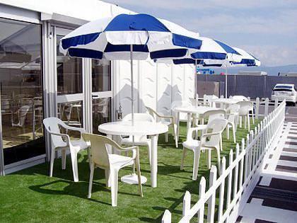 日傘付きテーブルセット